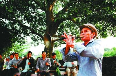 民乐的艺术创新与文化坚守